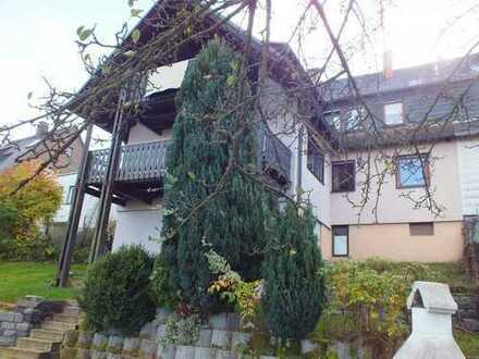 Marktredwitz 4 - Zimmer Mietwohnung in einem Zweifamilienhaus am Stadtrand zur Miete