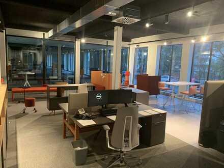 Co-Working-Space im modernen Multispace-Schauraum in Bremen