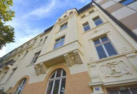 Kreuzviertel - Sonnenstraße: Moderne Altbauwohnung, 3 Zimmer, Südbalkon!