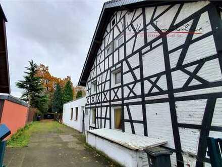 Historisches Fachwerkhaus mit Anbau in guter Lage