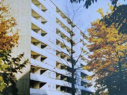 4-Zimmer-Wohnung mit Balkon in grünem Umfeld und stadtnah