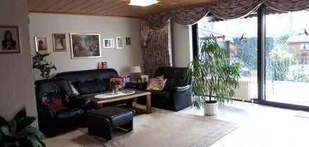 Schönes, geräumiges Haus mit fünf Zimmern in Offenbach (Kreis), Seligenstadt