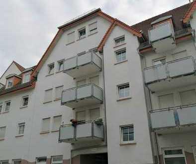- Gepflegte 2-Zimmerwohnung mit Tiefgaragenstellplatz in toller Lage in Leimen! -