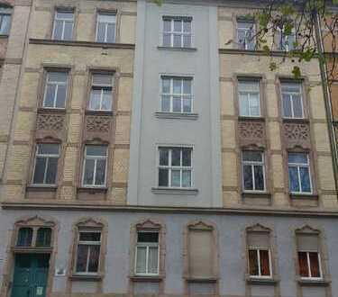 Gut geschnittene Dreizimmerwohnung mit Balkon, in Chemnitz-Bernsdorf