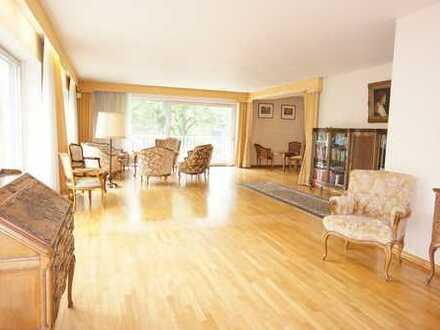 Großzügige Wohnung mit 201m² und 5 Zimmern in bester Lage des Düsseltals, Objektnummer 1581