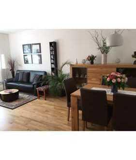 Neuwertige 2,5-Zimmer-Wohnung mit Balkon und EBK in Eidelstedt, Hamburg