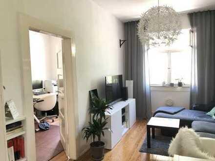 Schöne 3 Zimmer- Albau-Wohnung mit großem Balkon, Karlsruhe-Oststadt