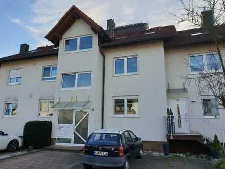 Vollständig renovierte 4-Zimmer-Maisonette-Wohnung mit Balkon und neuer EBK in Rheinmünster