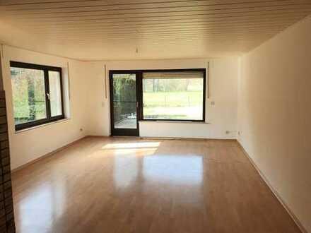 Souterrain Wohnung in Mehren mit Terrasse und separatem Eingang