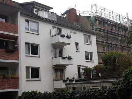Tolle zentrale Lage mitten in Harburg - Zinshaus mit 8 Wohneinheiten und 1 Gewerbeeinheit