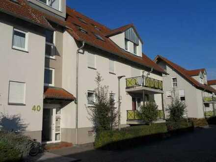 Gepflegte 3-Zimmer-Wohnung mit Balkon und EBK in Zeiskam