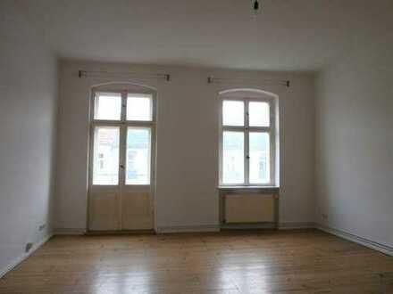 Baumschulenweg! schöne 2 Zimmerwohnung - Dielen - Tageslichtbad - WG - Balkon - ca. 89m² - 899€ + HK