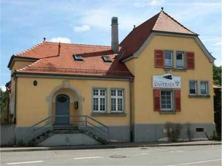 Historischer Pfäffinger Bahnhof - Gaststätte, Wohnung + Kiosk