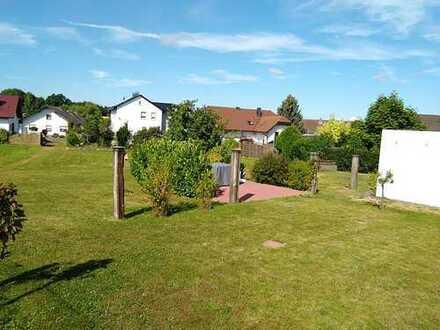 Wohnen im Grünen, gemütliches Zweifamilienhaus in Wächtersbach-Wittgenborn