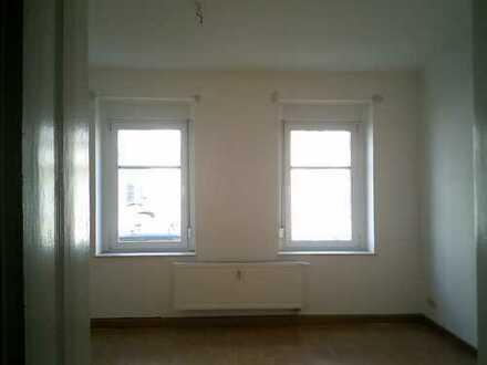 Helle 2 Raumwohnung mit Balkon