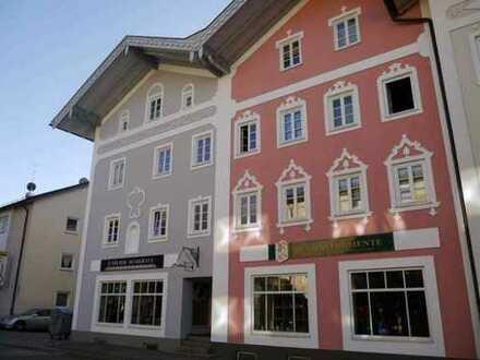 Schöne drei Zimmer Dachgeschoß-Wohnung in Bad Tölz