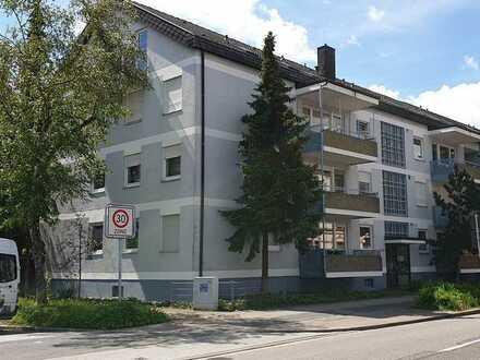 Gepflegte 3-Zi.-ETW mit großem Balkon, Loggia und TG-Stellplatz