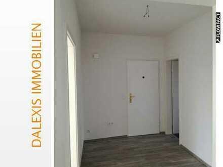 Erstbezug nach Sanierung: Schicke 3 Zimmer Wohnung mit Balkon in Neuss-Süd