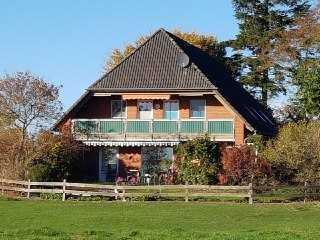 Großzügige 3 Zimmerwohnung, 10 km südl. von Kiel