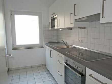 Sehr schöne, helle und moderne 3 Zimmer-Wohnung mit Einbauküche, Südterrasse und Garage in B.O.