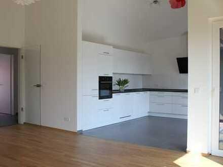 Village Celle, exklusive, wunderschöne 3-Zimmer-Wohnung mit Loggia und EBK
