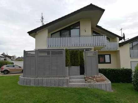 Sehr schönes, gepflegtes Haus mit sechs Zimmern in Pforzheim-Eutingen, Nägelishälden