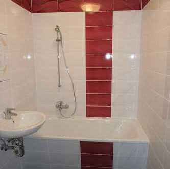 Gemütliche 4-Raum-Wohnung mit Badewanne!