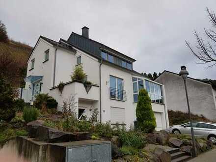 Schönes Haus mit 5 Zimmern in Bachem, Bad Neuenahr-Ahrweiler