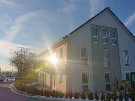 Erstbezug: freundliche 3-Zimmer-EG-Wohnung mit Balkon in Siegenburg