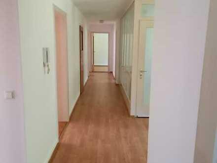 Große helle 5-Zimmer-Wohnung mit EBK in St. Blasien