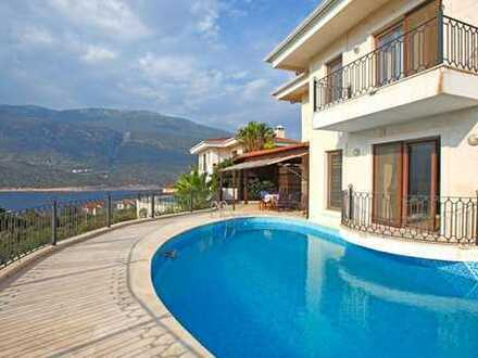 Luxury Villa With Fantastic Seaview