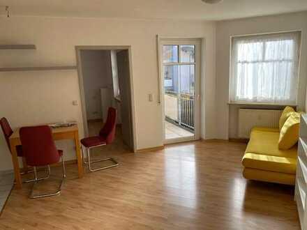 Möblierte 2-Zimmer-Wohnung mit Balkon und Einbauküche in Herzogenaurach