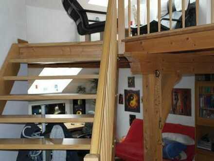 gemütliche 2-Raumwohnung mit Blick auf den Westwall
