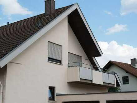 Sonnige 2 Zimmer Dachgeschoss Wohnung mit Balkon in 88512 Mengen In sehr ruhiger Wohngegend und in