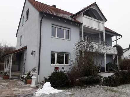 Attraktive 3,5-Zimmer-Wohnung mit Balkon in Bergkirchen