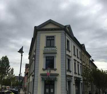Geschäftshaus mit Ladenfläche in der Innenstadt von Ilmenau komplett renoviert zu VERMIETEN