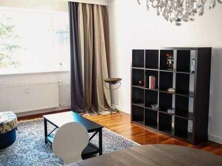 Helle, gut gelgene, optional möblierte Wohnnung (ca. 58m²), hochwertig saniert — von privat