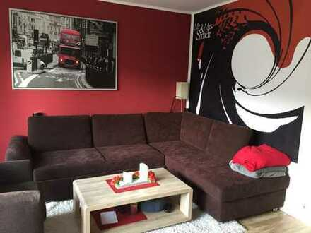 Vollmöblierte renovierte 4 Zi-Wohnung in St. Magnus am Knoops Park