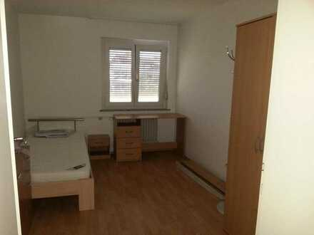 Im Auftrag möblierte WG-Zimmer in Rutesheim zu vermieten.