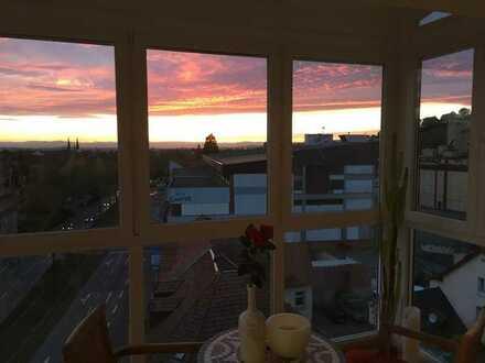 Genießen Sie den Sonnenuntergang im Wintergarten! Großzügige, helle 3,5-Zi.-Wohnung in Oberau