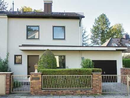 NUR FÜR WOHNGEMEINSCHAFT: Wohnung/Haus mit vier Schlafzimmern in München, Solln