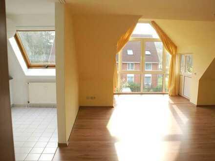 Freundliche 3-Zimmer-Dachgeschosswohnung mit Einbauküche in Visselhövede