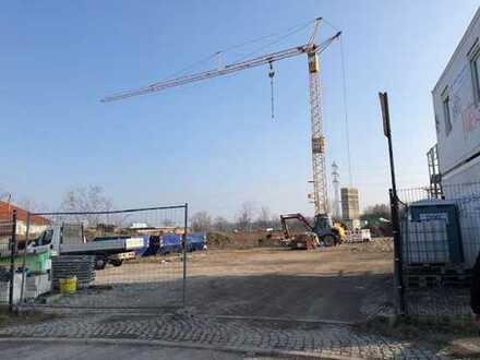 Gut aufgeteilte Gewerbeeinheit mit Werkstatt und Büros - in Leubnitz-Neuostra!