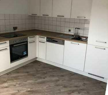 Schöne helle renovierte 3-Zimmer-DG-Wohnung mit EBK in Königsbronn