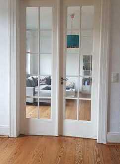 Kernsanierte ruhige Altbau Wohnung 3 ZKBB - Provisionsfrei
