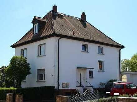 Gepflegte 2-Zimmer-Wohnung mit Terrasse in Nidderau