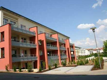 Gepflegte 3-Zimmer-Hochparterre-Wohnung mit Balkon und EBK in Böblingen