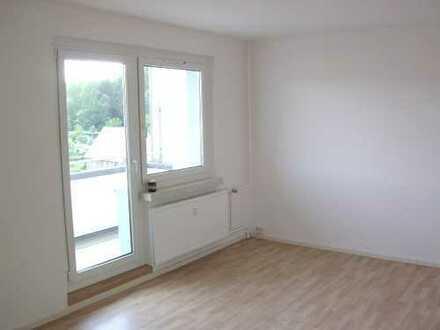 Singlewohnung mit Balkon - Küche mit Fenster