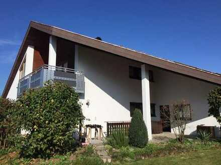Ansprechende 4-Zimmer-Wohnung mit Balkon und EBK in Bad Buchau