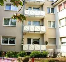 Geräumige Wohnung mit Einrichtung und Balkon